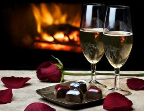 La soirée parfaite pour la St Valentin : Un dîner aux chandelles au coin du feu…  Pour le repas, on vous fait confiance, pour le feu, contactez-nous