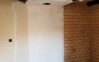 Doublage mur et caisson avec spots au plafond